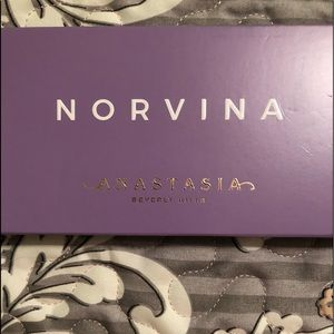 New! ABH Norvina Eyeshadow Palette MSRP $42